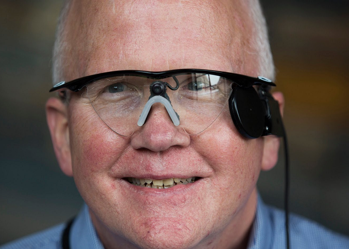 This Man Is Able To See For The First Time In 33 Years