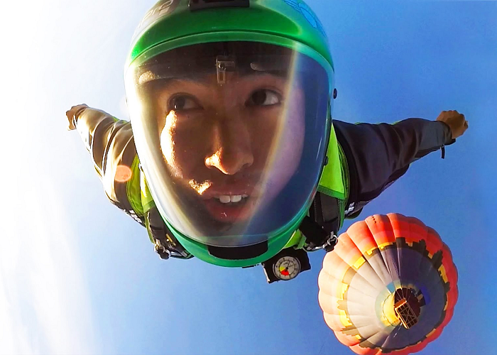 Watch This Man Jumping From An Air Balloon With A Wingsuit