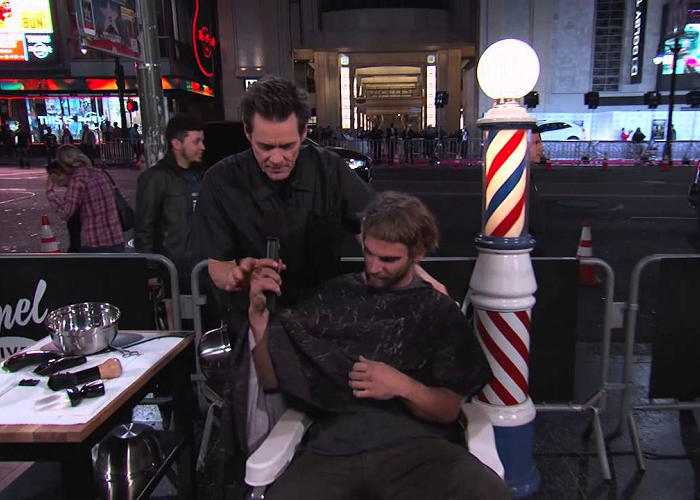 Watch Jim Carrey Giving People Haircut On Hollywood Blvd.