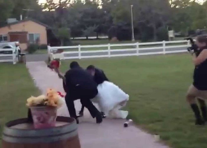 See How The Groom Drops Bride Accidentally