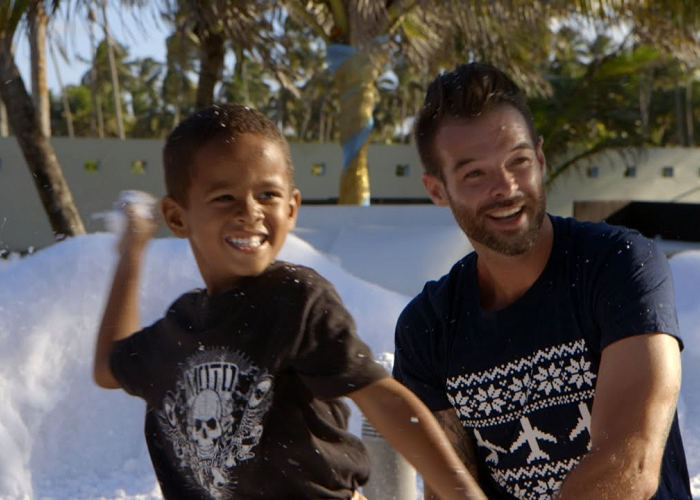 Watch The WestJet Christmas Miracle 2014 - Spirit Of Giving