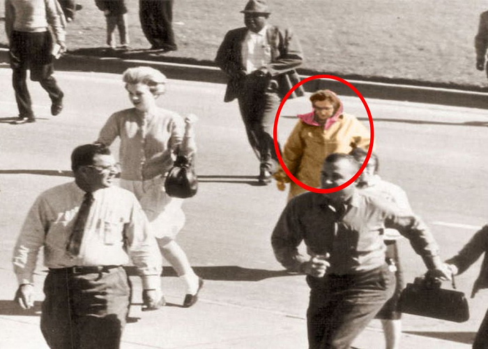 These Are 10 Mysterious Photos That Cannot Be Explained