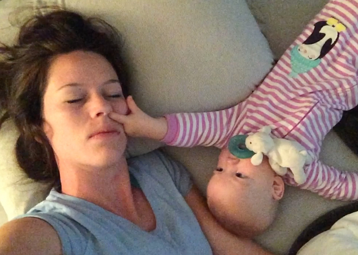 Look At This Cute Baby Refusing To Her Mother Sleep