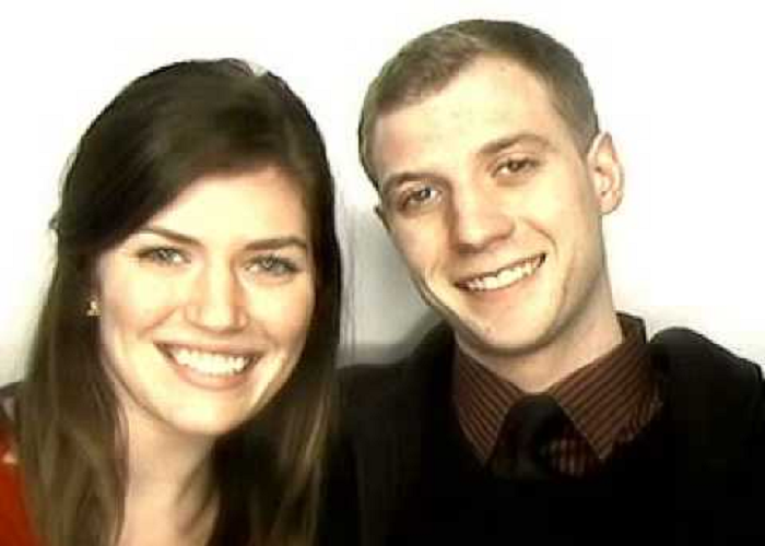 The Guy Surprises His Girlfriend With Wedding Proposal Inside A Photo Booth