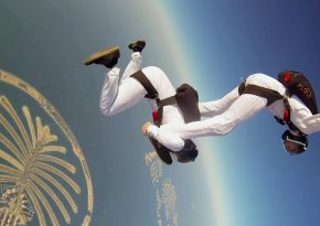 Watch The Synchronized Skydive Over The Palm Islands In Dubai
